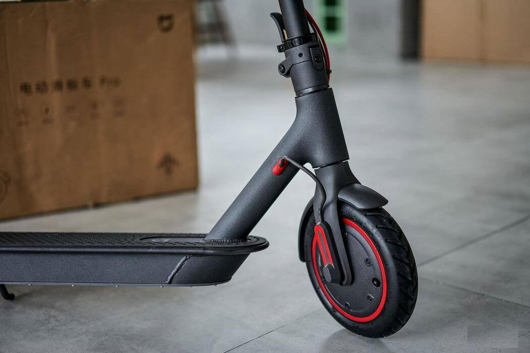 Is electric scooter Xiaomi M365 PRO better, than classic M365